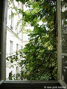 Paris Studio apartment - living room (PA-2622) photo 9 of 16