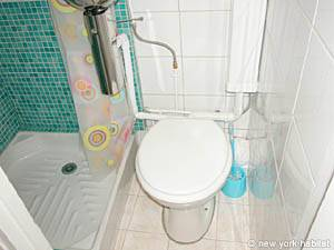 Paris Studio apartment - bathroom (PA-2622) photo 5 of 5
