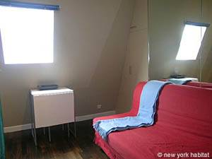Paris Studio apartment - living room (PA-2648) photo 2 of 6