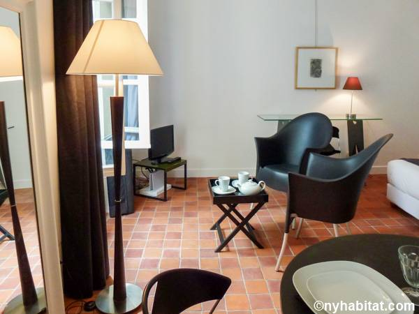 Paris Studio apartment - living room (PA-2659) photo 3 of 6