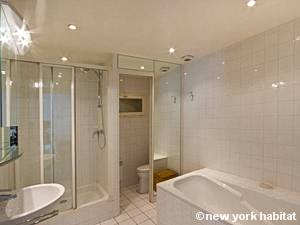 Paris 1 Bedroom accommodation - bathroom (PA-2669) photo 1 of 3