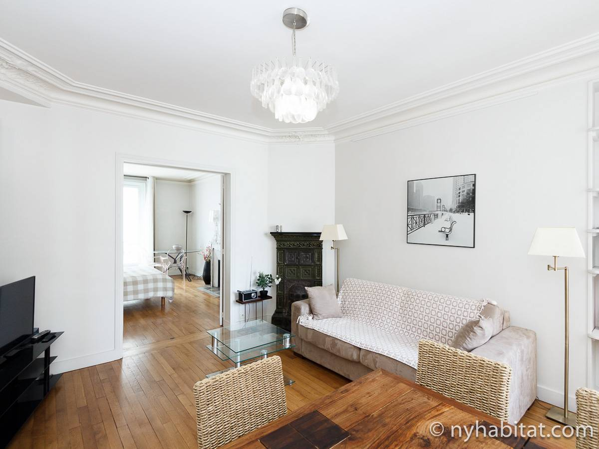 paris apartment: 2 bedroom apartment rental in place de wagram