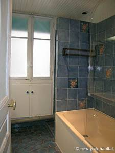 Paris 2 Bedroom accommodation - bathroom (PA-2843) photo 2 of 5