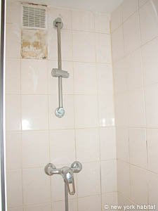 Paris Studio apartment - bathroom (PA-2889) photo 1 of 3