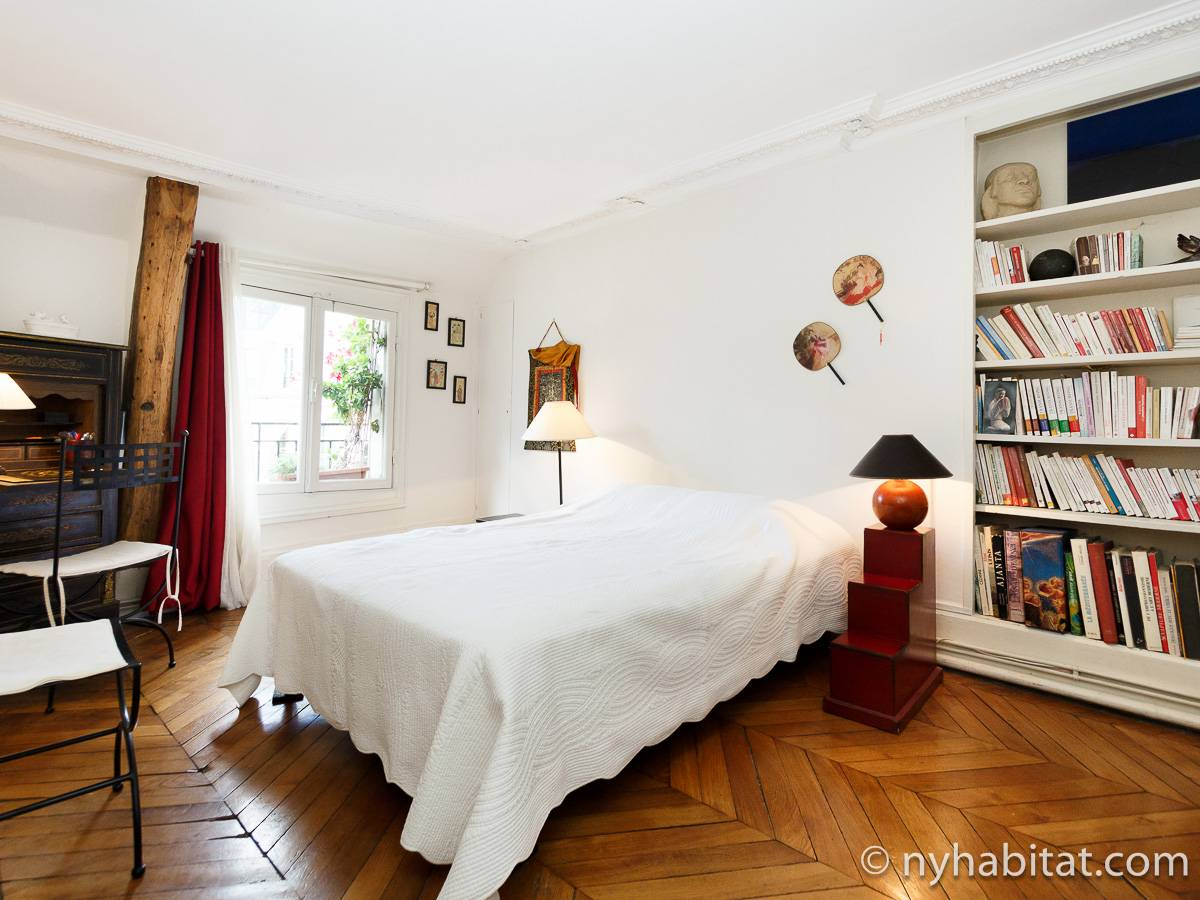 Paris 2 Bedroom accommodation - bedroom 2 (PA-2961) photo 1 of 4