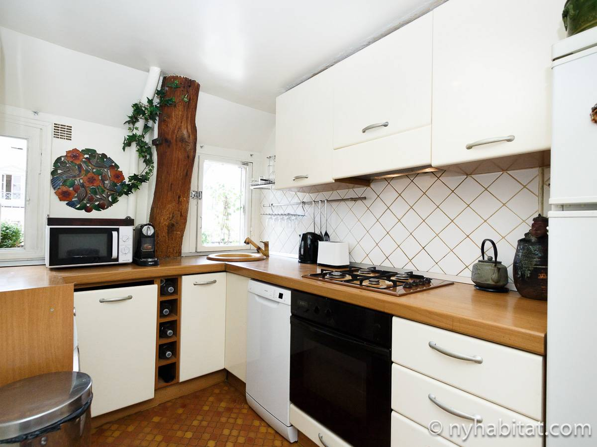 Paris 2 Bedroom accommodation - kitchen (PA-2961) photo 1 of 2