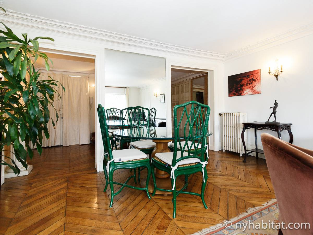 Paris 2 Bedroom accommodation - living room (PA-2961) photo 6 of 15