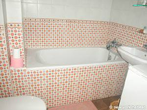 Paris Studio T1 appartement location vacances - salle de bain (PA-2982) photo 1 sur 6