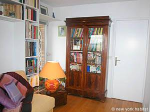 Paris 2 Bedroom accommodation - bedroom 1 (PA-3007) photo 2 of 2