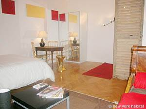 Paris Studio accommodation - living room (PA-3030) photo 2 of 8