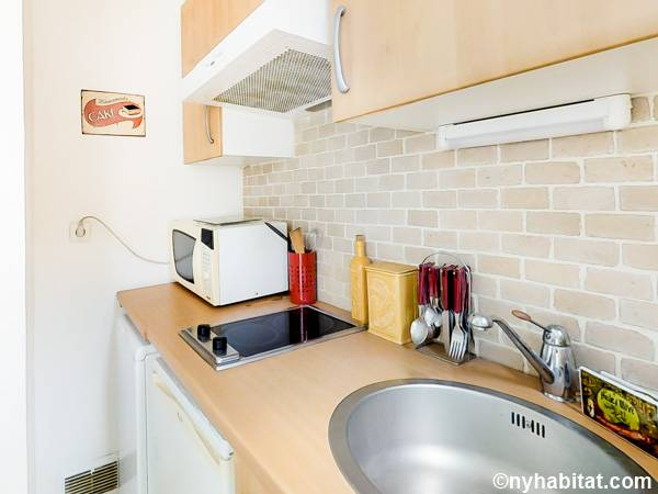 Paris T2 appartement location vacances - cuisine (PA-3078) photo 2 sur 3