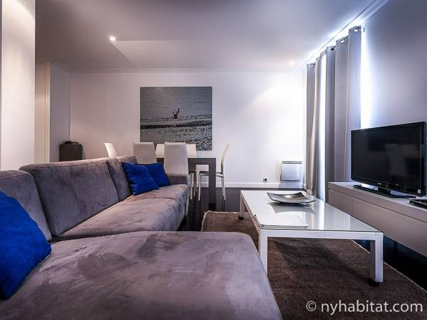 Paris - 2 Bedroom accommodation - Apartment reference PA-3106