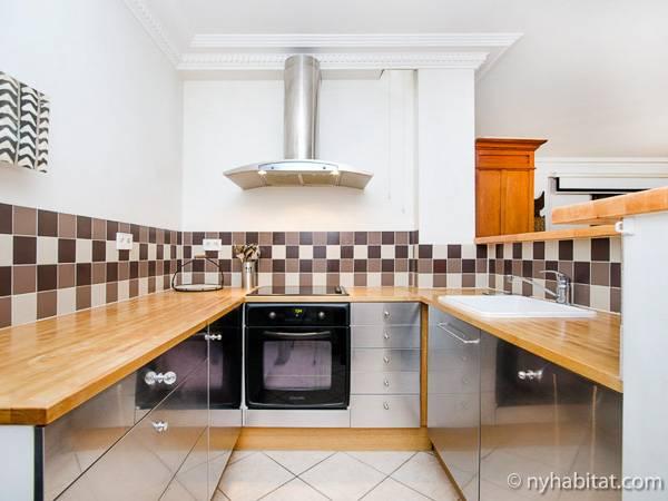 logement paris location meubl e t2 luxembourg pa 3110. Black Bedroom Furniture Sets. Home Design Ideas