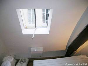 Paris 2 Bedroom - Duplex apartment - bedroom 1 (PA-3118) photo 3 of 3