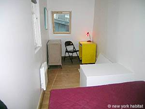 Paris 2 Bedroom - Duplex apartment - bedroom 2 (PA-3118) photo 3 of 6