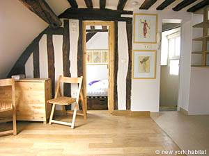 Paris 2 Bedroom - Duplex apartment - living room (PA-3118) photo 3 of 7