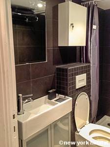 Paris Studio apartment - bathroom (PA-3152) photo 2 of 2