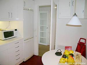 Paris T3 appartement location vacances - cuisine (PA-3176) photo 4 sur 6