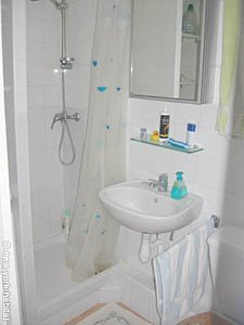 Paris Studio T1 logement location appartement - salle de bain (PA-3257) photo 3 sur 5