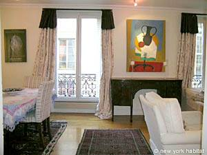 Paris 2 Bedroom apartment - living room (PA-3267) photo 2 of 10