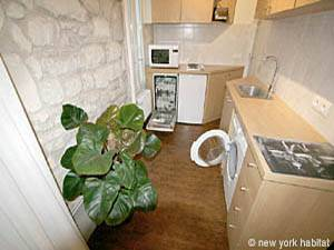 Paris 2 Bedroom apartment - kitchen (PA-3293) photo 1 of 3