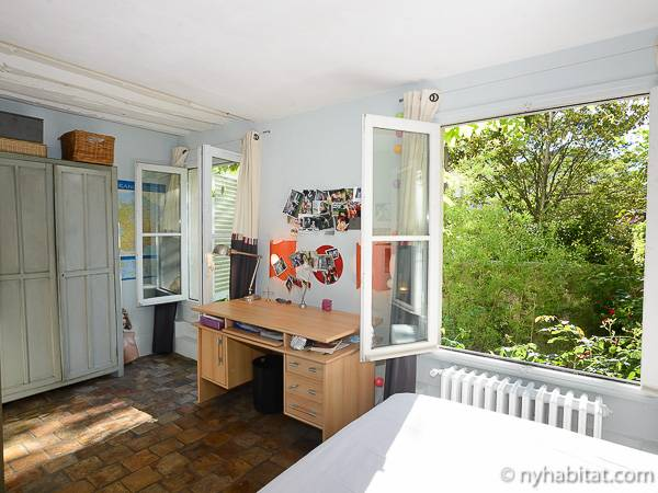 Paris T5 - Duplex appartement location vacances - chambre 3 (PA-3485) photo 3 sur 5