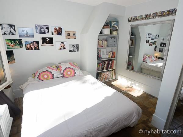 Paris T5 - Duplex appartement location vacances - chambre 3 (PA-3485) photo 2 sur 5