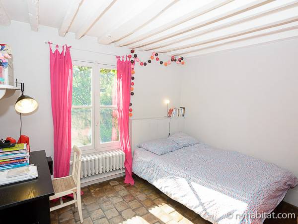 Paris T5 - Duplex appartement location vacances - chambre 2 (PA-3485) photo 3 sur 4
