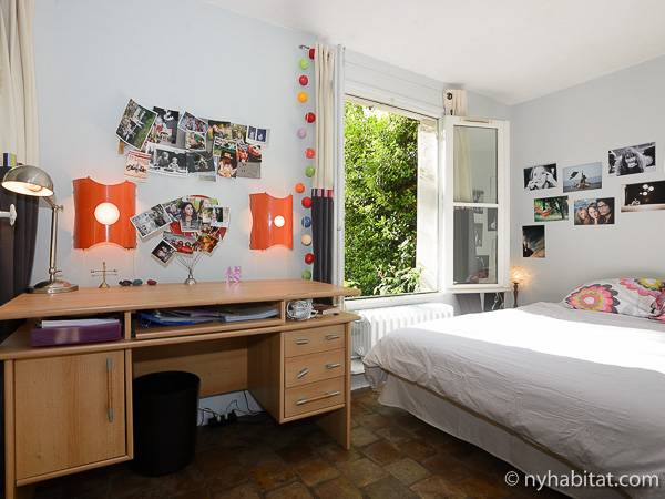 Paris T5 - Duplex appartement location vacances - chambre 3 (PA-3485) photo 4 sur 5