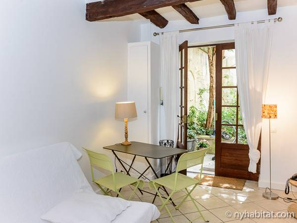 Paris Studio accommodation - Apartment reference PA-3548
