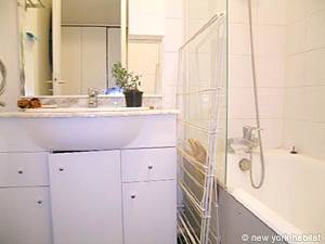 Paris Studio T1 logement location appartement - salle de bain 1 (PA-3555) photo 2 sur 2