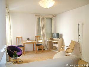 Paris Studio T1 logement location appartement - séjour (PA-3555) photo 1 sur 6