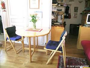 Paris Studio apartment - living room (PA-3642) photo 7 of 9