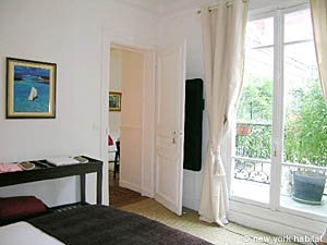 Paris T2 logement location appartement - chambre (PA-3679) photo 4 sur 6
