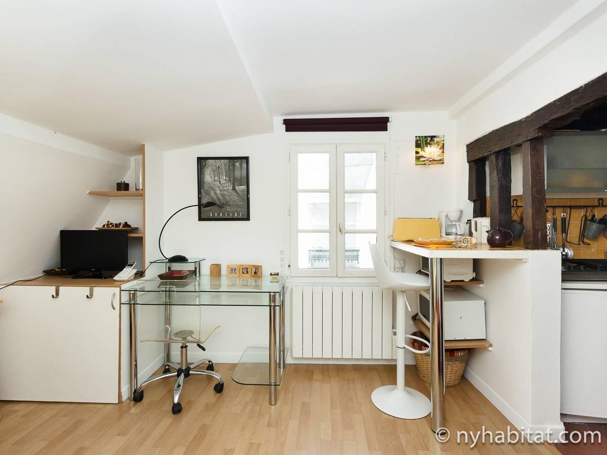 logement paris location meubl e studio t1 bastille pa 3686. Black Bedroom Furniture Sets. Home Design Ideas