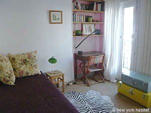 Paris 2 Bedroom accommodation - bedroom 1 (PA-3690) photo 2 of 5