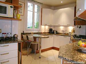 Paris T3 logement location appartement - cuisine (PA-3703) photo 1 sur 4