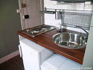 Paris Studio apartment - kitchen (PA-3812) photo 3 of 3