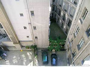 Paris Studio apartment - living room (PA-3812) photo 7 of 7