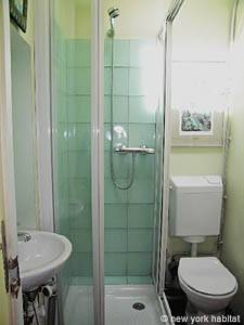 Paris Studio apartment - bathroom (PA-3823) photo 1 of 4