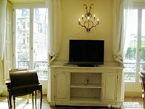 Paris Alcove Studio accommodation - living room (PA-3828) photo 8 of 16