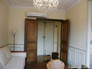 Paris Alcove Studio accommodation - living room (PA-3828) photo 5 of 16