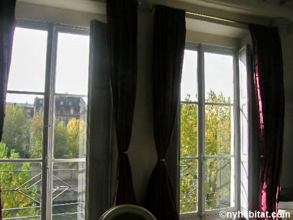 Paris Apartment 2 Bedroom Duplex Al In Île De La