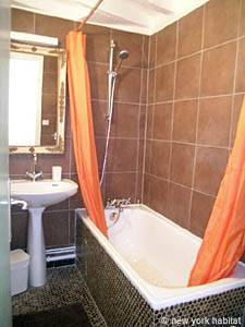 Paris Studio apartment - bathroom (PA-3964) photo 1 of 4