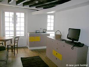 Paris Studio apartment - living room (PA-3964) photo 2 of 6