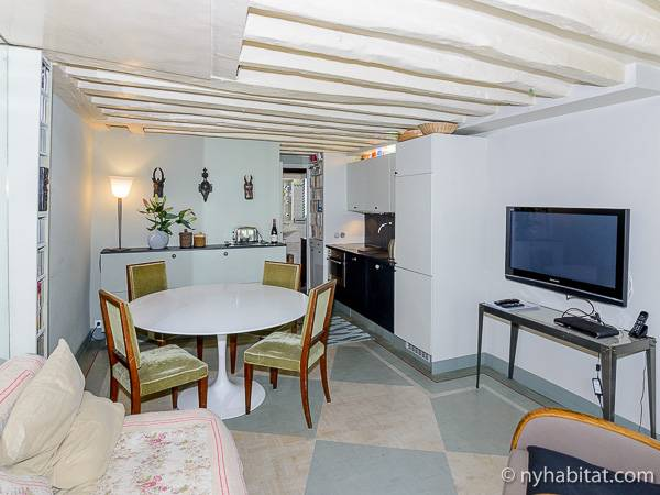 Paris - 2 Bedroom accommodation - Apartment reference PA-3974
