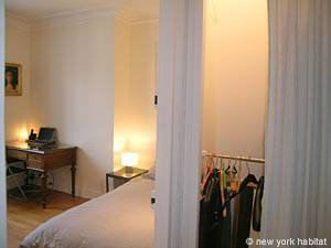 Paris 2 Bedroom accommodation - bedroom 1 (PA-4009) photo 5 of 5