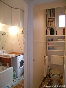 Paris 2 Bedroom accommodation - bathroom 1 (PA-4009) photo 1 of 3