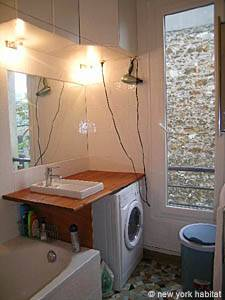 Paris 2 Bedroom accommodation - bathroom 1 (PA-4009) photo 2 of 3