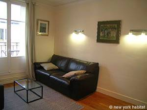 Paris 2 Bedroom accommodation - living room (PA-4009) photo 2 of 5